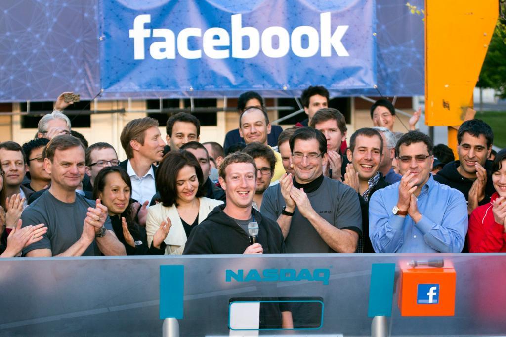 همه چیز درباره شرکت فیسبوک (Facebook) / از تاریخچه تا درآمد