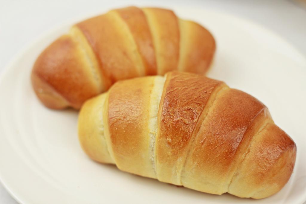آموزش پخت نان رول کرهای خوشمزه و لذیذ در خانه برای 6 نفر