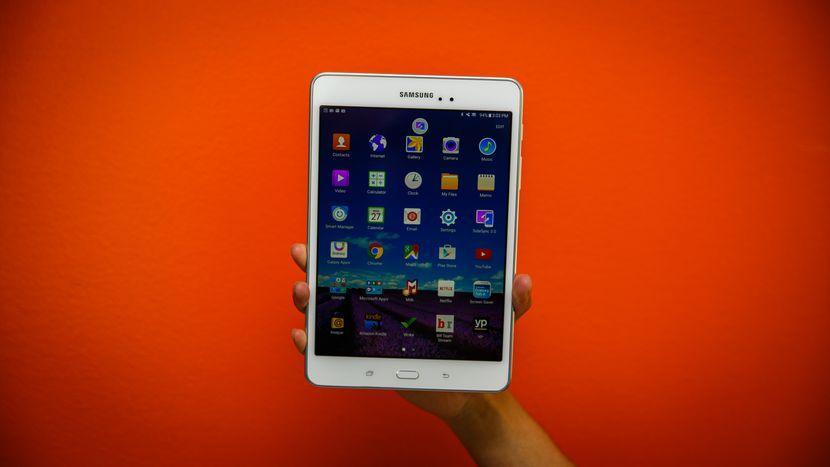 تبلت سامسونگ مدل Galaxy Tab A 8.0 LTE به همراه قلم S Pen ظرفيت 16 گيگابايت
