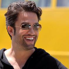زندگینامه (بیوگرافی) بنیامین بهادری یکی از پردرآمدترین خوانندههای ایران