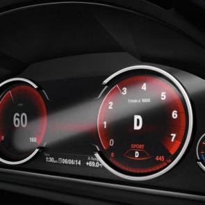 The BMW X6 xDrive50i Dynamic Digital Instrument Cluster