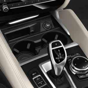 The BMW X6 xDrive50i Multifunctional Instrument panel showing Sport mode