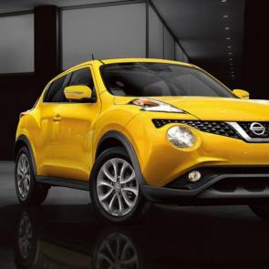 2017 Nissan JUKE® SL shown in Solar Yellow.