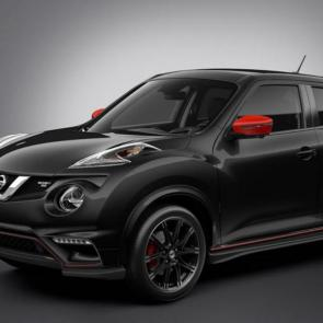 2017 Nissan JUKE® NISMO® shown in Super Black