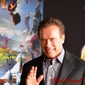 Arnold Schwarzenegger pictures photo album