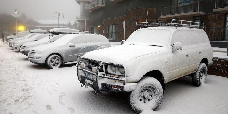 گرم کردن ماشین در پارکینگ چه آسیب هایی به خودرو می زند؟