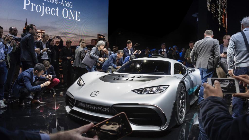ابر خودروی مرسدس بنز پروژه وان رسماً رونمایی شد