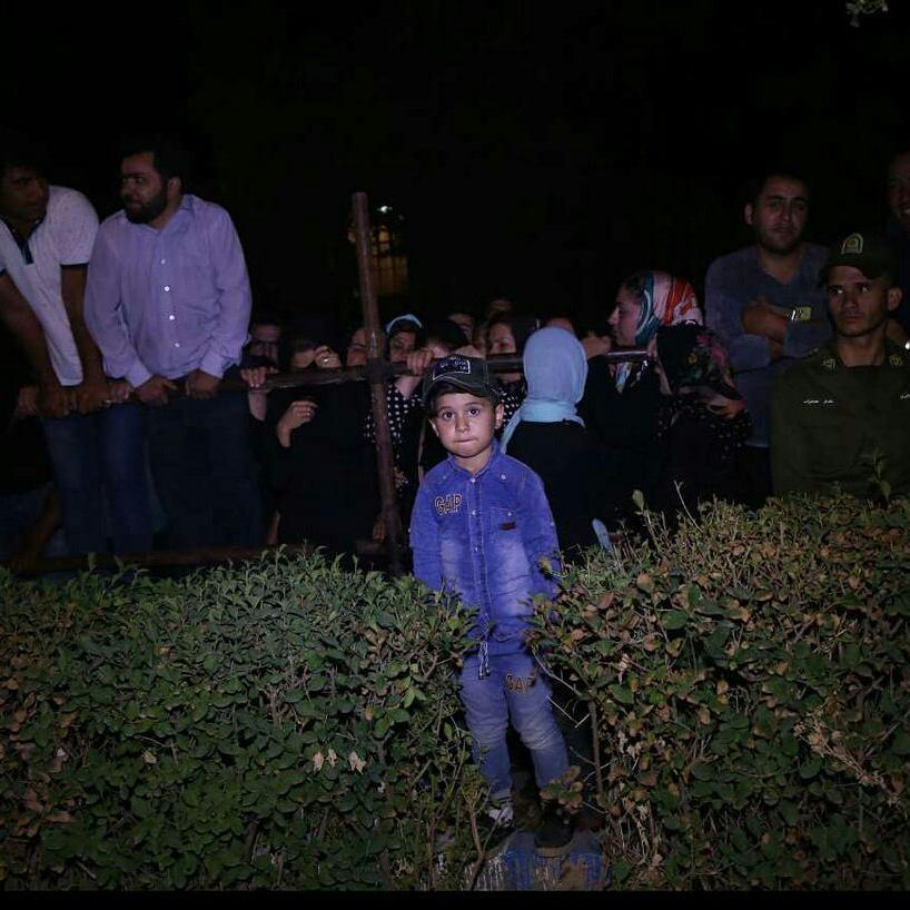 هجوم مردم پارس آباد برای تماشای اعدام آتنا اصلانی