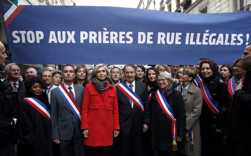 راهیپمایی در پاریس برای بر هم زدن نمازخواندن مسلمانان