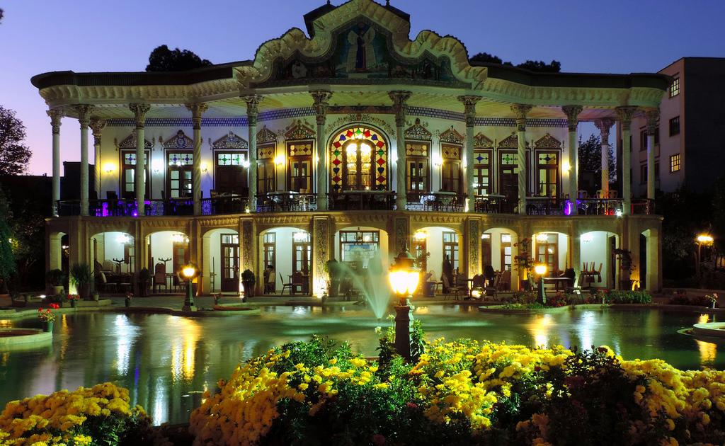 معرفی کامل منزل شاپوری (باغ شاپوری) شیراز + تصاویر تماشایی
