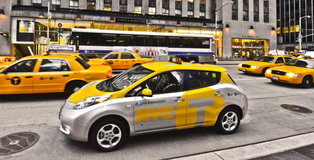تاکسی مدرن نیسان لیف، وارد رقابت با اوبر و گوگل می شود