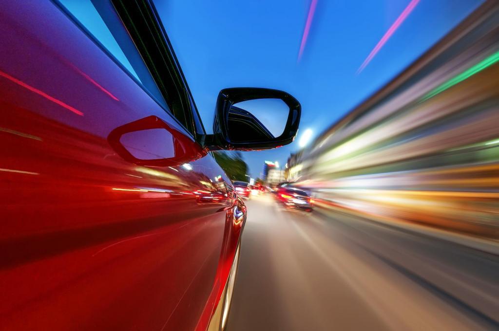 هنگام خرید خودرو، چقدر به شتاب صفر تا 100 خودرو اهمیت بدهیم؟