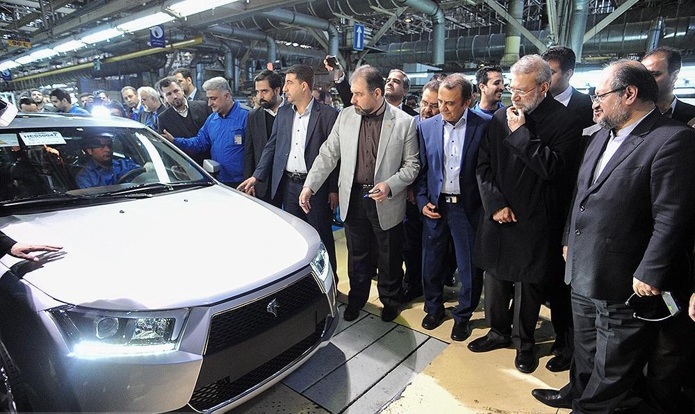 رونمایی از محصولات جدید ایران خودرو / خط تولید  دنا پلاس توربو شارژ با حضور علی لاریجانی افتتاح شد