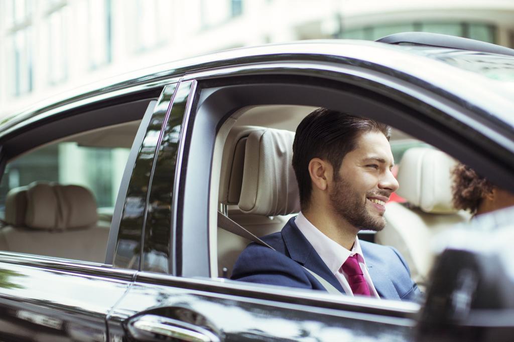 بوی نویی، درون کابین خودروهای صفر آیا سمی و مضر است؟