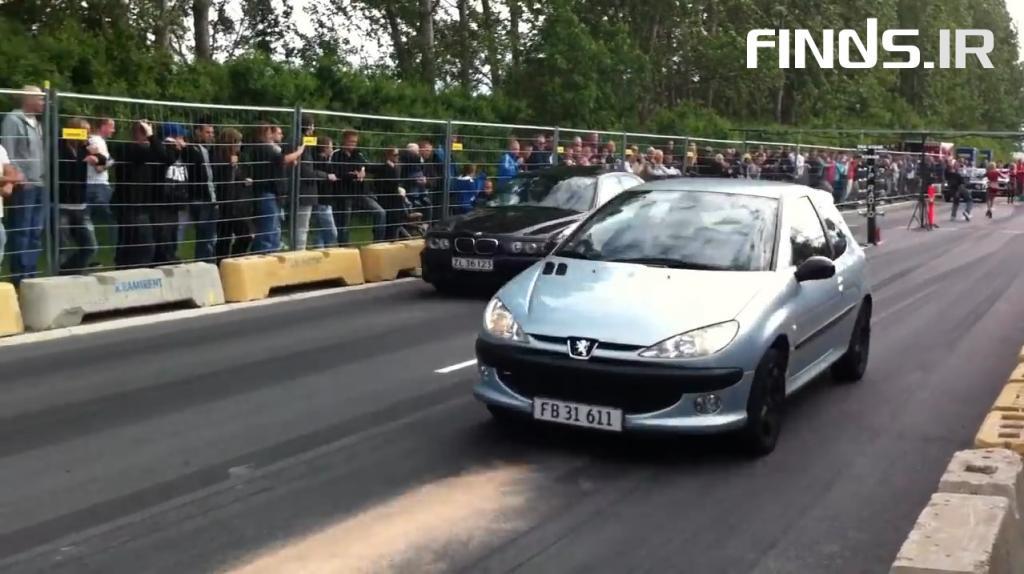 مسابقه شتاب بین پژو 206 و بی ام و M5 را تماشا کنید