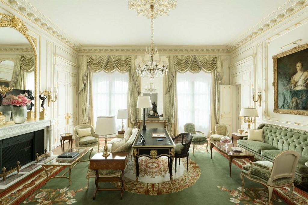 سرقت میلیونها یورو جواهر از هتل مشهور ریتز پاریس!