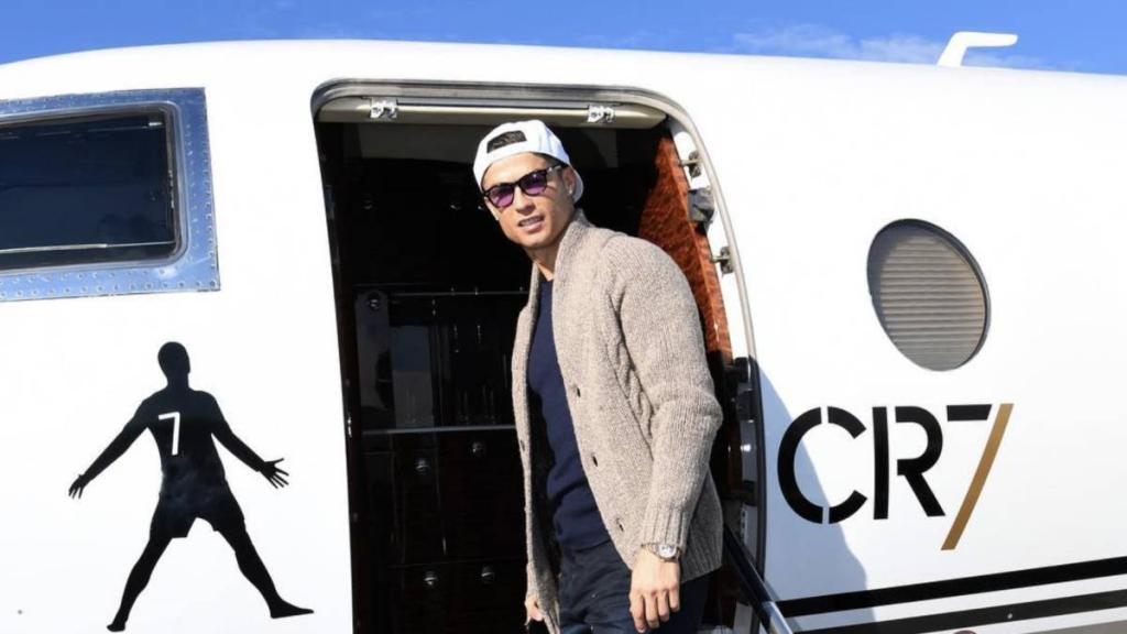تصاویر کریستیانو رونالدو با گران قیمت ترین جت شخصی یک فوتبالیست!