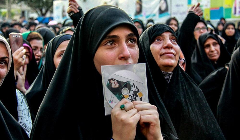 انتشار نتایج جنجالی یک نظرسنجی در ایران / 74 درصد مردم از شرایط فعلی ناراضی هستند!