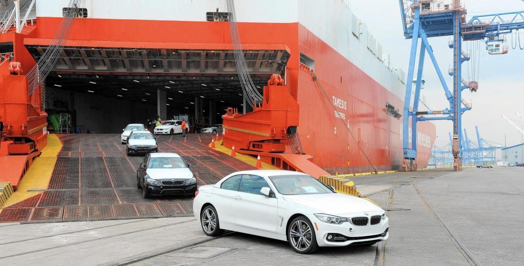 امیدها برای کاهش قیمت خودرو / کاهش تعرفه واردات خودرو هنوز اعمال نشده است!!