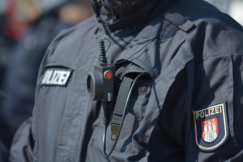 بروی لباس ماموران پلیس تهران، دوربین نصب می شود