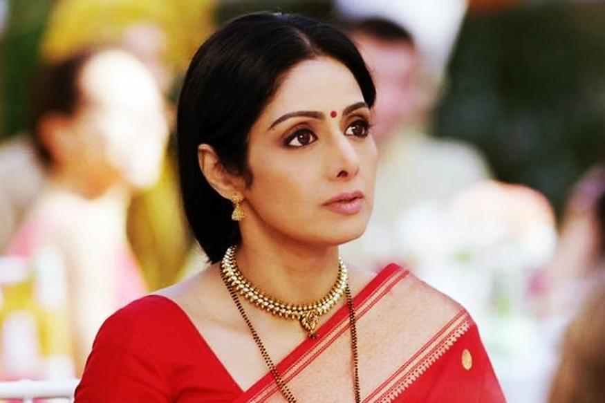 زن مشهور سینمای هند در 54 سالگی درگذشت!