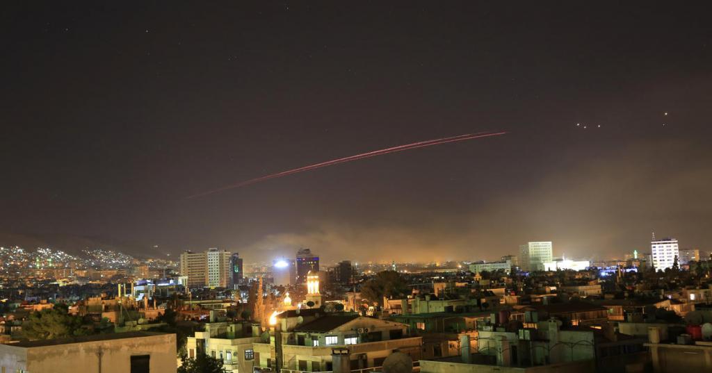 حملات هوایی آمریکا به سوریه آغاز شد!