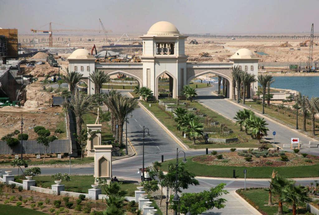 تیراندازی شدید در کاخ پادشاه عربستان + ویدیو