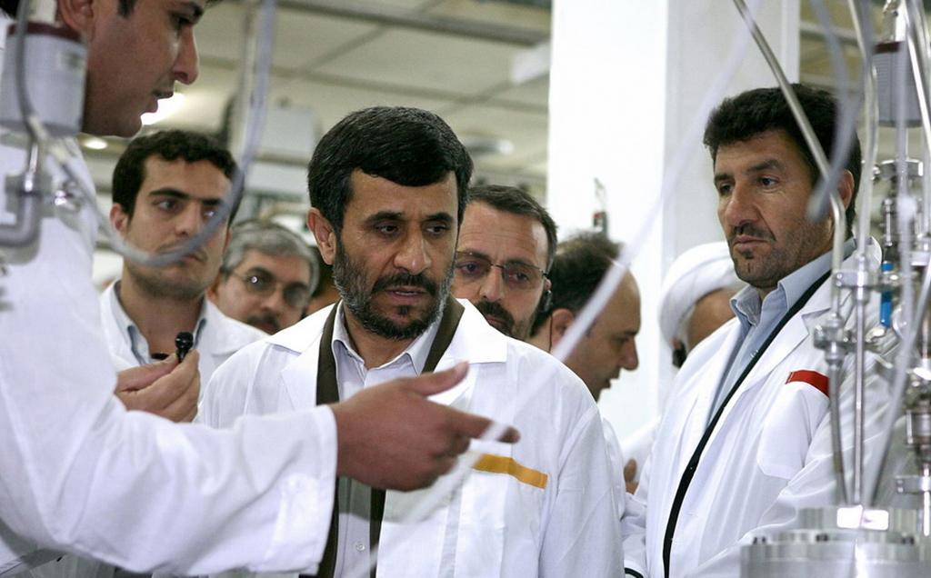 واکنش احمدی نژاد به خروج آمریکا از برجام / خانوادهام را برای عدم موفقیت اعدام کنید!