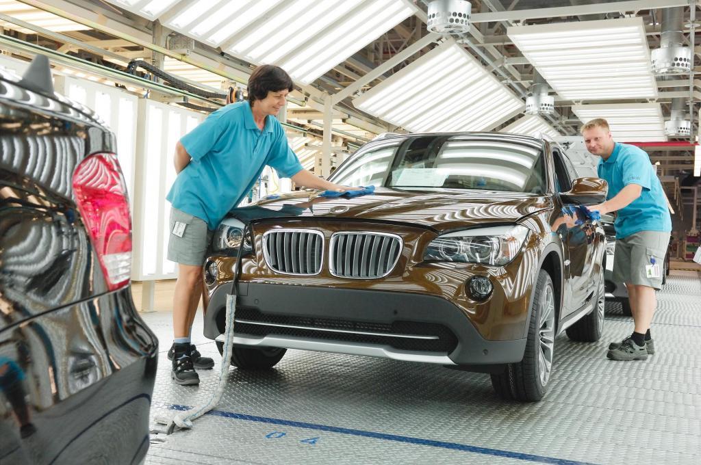 ایرادی مهلک در خودروهای بی ام و / بی ام و 300 هزار دستگاه از محصولاتش را فراخواند