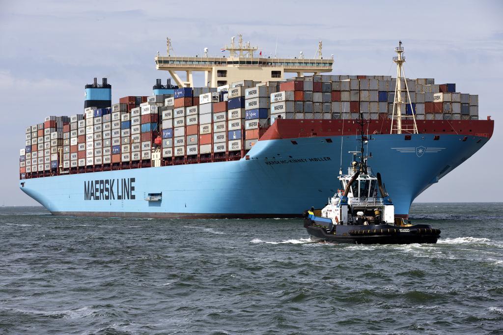 خروج دو شرکت بزرگ کشتیرانی جهان از ایران چه ضرباتی اقتصادی وارد خواهد کرد؟
