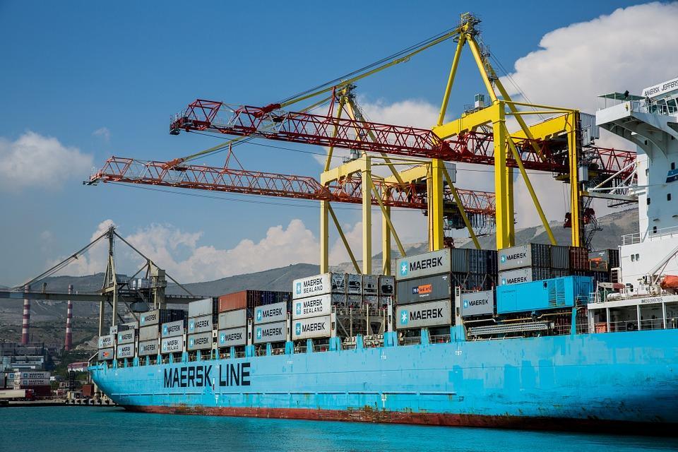 مرسک (Maersk)، کلیه فعالیتهای تجاری خود با ایران را متوقف می کند