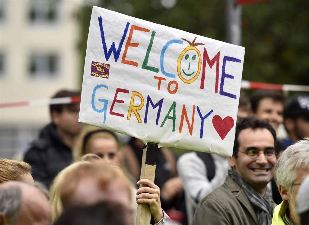 آلمان اعطای ویزا به همسر و فرزندان پناهجویان را سخت تر کرد