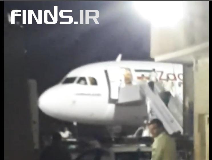 هواپیمای مسافربری شرکت زاگرس در آسمان آتش گرفت + ویدیو