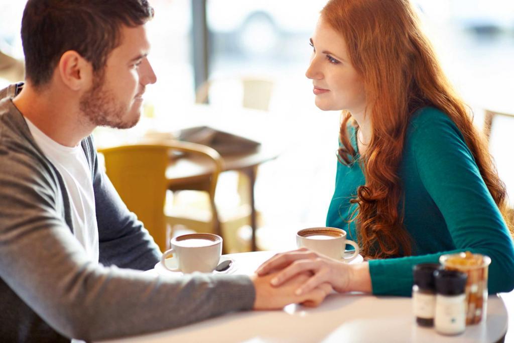 چرا باید با همسرمان با لحن بچهگانه صحبت کنیم