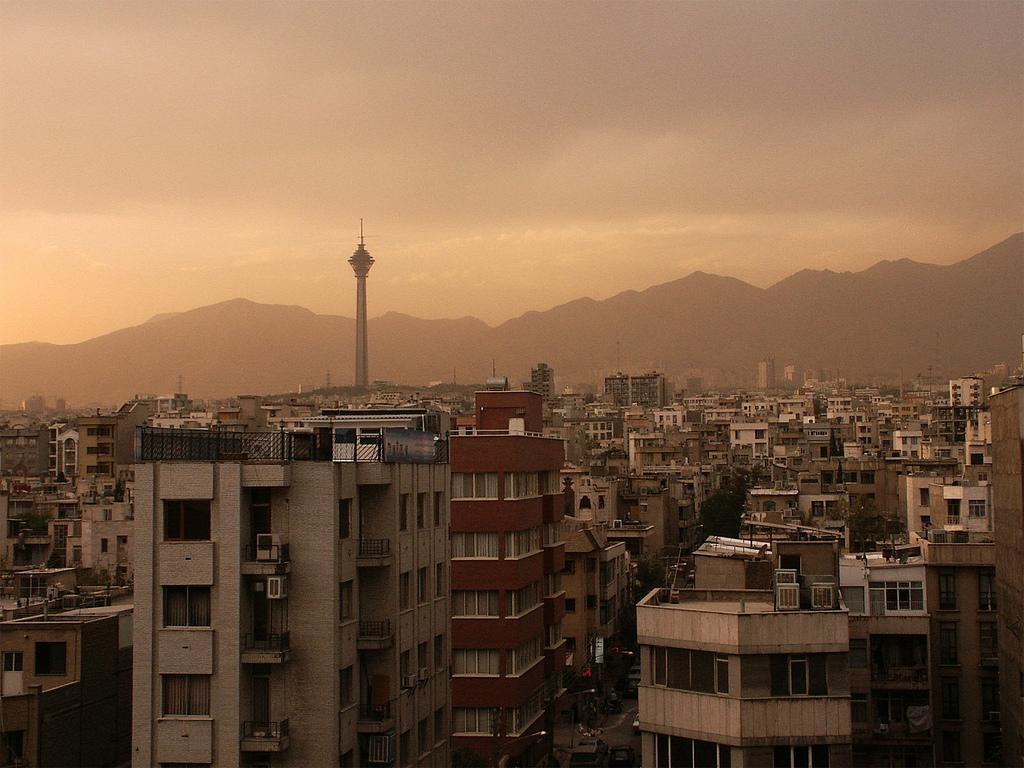 متوسط قیمت آپارتمان نوساز در محله های مختلف منطقه 6 تهران چقدر است؟