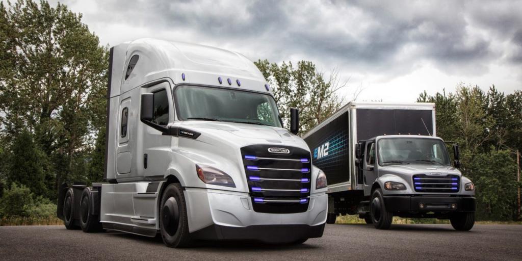 بزرگترین کامیونساز جهان، از اولین محصول برقیاش رونمایی کرد