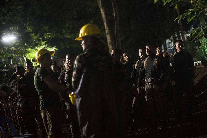 مرگ تاسف بار یک غواص داوطلب، حین نجات کودکان تایلندی