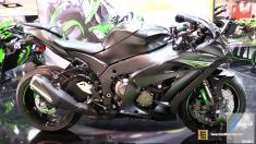 مشخصات موتورسیکلت کاوازاکی نینجا ZX10RR مدل 2017 + ویدیو