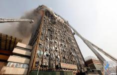 لحظه فروریختن ساختمان پلاسکو تهران از چندین نما