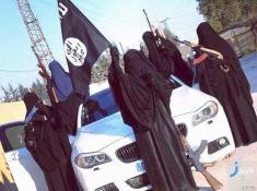 ماجرای فرار از دست داعش با لباس زنانه
