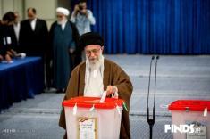 آلبوم عکس حضور سران نظام در انتخابات 96 / از جهانگیری و همسرش تا رهبر انقلاب