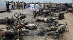 انفجار تانکر سوخت در پاکستان جان بیش از 140 نفر را گرفت (+18)