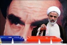 شکایت دولت حسن روحانی از نیروهای نظامی، انتظامی و ائمه جمعه!