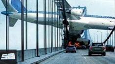 ویدیویی از مجموعه سقوط هواپیماها را ببینید