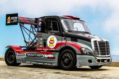 بهترین دریفتینگ (لیز دادن) کامیون ها در سال 2017 را تماشا کنید