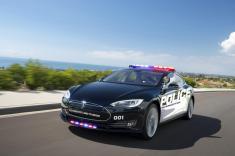خودروی لوکس تسلا مدل S در لوکزامبورگ ماشین پلیس می شود