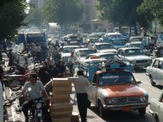 پلیس تهران با خودروهای مسافرکش پلاک شهرستان برخورد می کند
