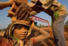 بیش از 40 میلیون نفر در جهان مانند برده زندگی می کنند!