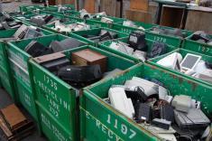 از تجارت پر سود بازیافت زبالههای الکترونیکی چه می دانید