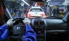 روزهای خوش فروش خودرو برای شرکت ایران خودرو